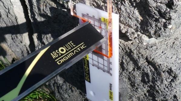 Маяк ЗИ-3д - использование глубиномера для точных наблюдений за трещиной